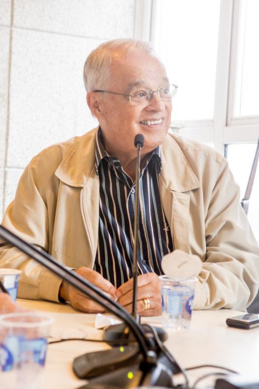 Walter Souza no programa Papo de Redação, da rádio Guarujá – Foto: Flavio Tin/ND