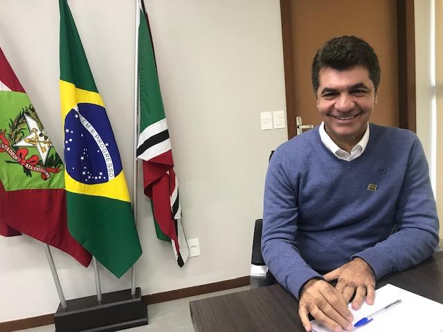 O prefeito de Criciúma, que já descartou a possibilidade de disputar a eleição de 2022, é especulado numa chapa com o PP – Foto: Divulgação/ND