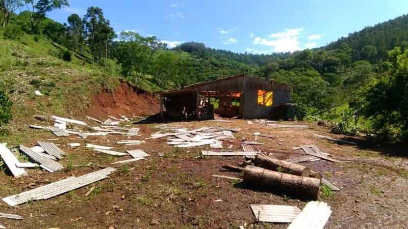 Evento climático atingiu o município de Seara entre a noite de segunda-feira (11) e a manhã de terça-feira (12). – Foto: Defesa Civil/Divulgação/ND