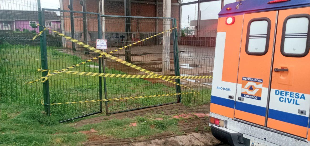 Estrutura foi interditada na tarde desta sexta-feira (1º) - Defesa Civil/Divulgação/ND
